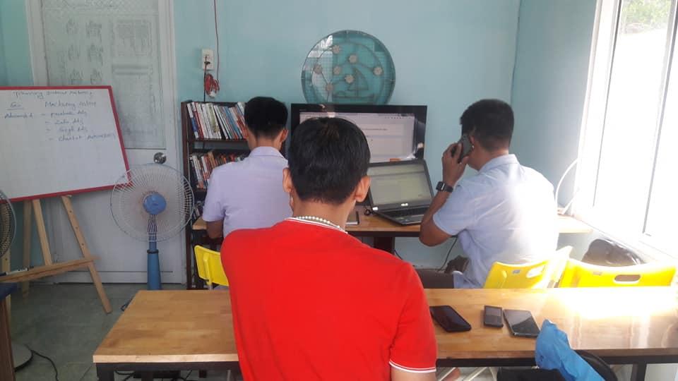 học viên Kinh Doanh online tại bình dương